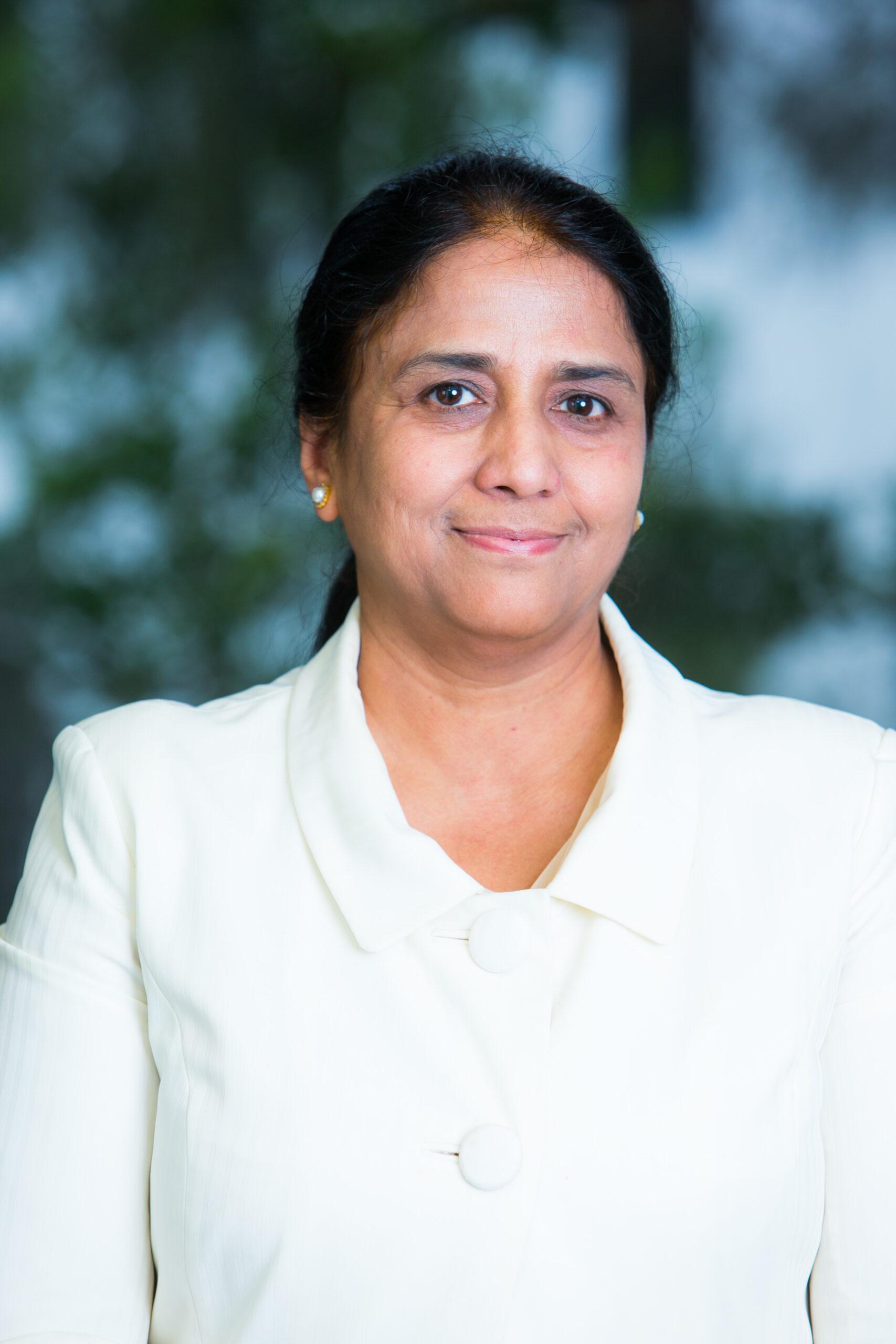 Dr Piksi Singh